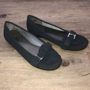 NWOT Life Stride Shoes